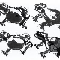 Thème : les grenouilles, de Raymond Humbert. Photos Archives du Musée des Ars populaires de Laduz